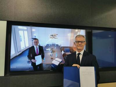 Pictured are Christian Rychly (on screen; left), Managing Director of MPC Capital – in Hamburg, and Carl Schou, CEO & President of Wilhelmsen Ship Management – in Singapore, taken during an online signing ceremony to formalize the partnership. (Photo: Wilhelmsen Ship Management)