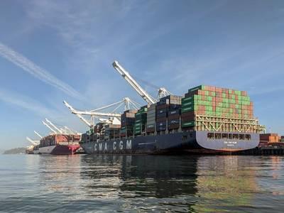 Ships lined up at Port of Oakland docks (photo courtesy of Port of Oakland)