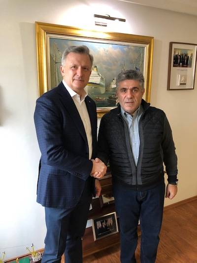 Slawomir Kalicki President Intermarine and Georgios Orfanos President Olimpic (Photo: Intermarine)
