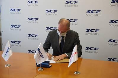 Igor Tonkovidov, President and CEO of PAO Sovcomflot at the signing. Photo courtesy Sovcomflot.