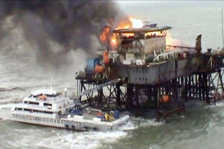 Incat Crowther designed-vessel Muslim Magomayev – seen here saving the lives of 30 personnel caught in an oil platform fire in the Caspian Sea in November 2015. Photo Incat Crowther