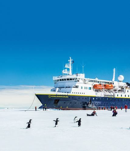 Lindblad Expeditions' alliance with National Geographic allows Lindblad to take people to the Arctic on cruise ships filled with teaching moments that transform passengers into stewards of our planet, exchanging ideas amid natural beauty and wonder. Photo: Michael Nolan/Lindblad Expeditions