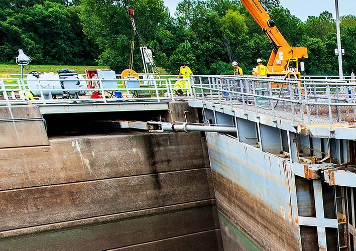 Lock arm recess area where debris could get caught if the water is high. This would cause the lock to fail.  By flushing out this area during the recent flooding, the lock was able to operate safely at a level of approximately 382.5 feet, ultimately allowing barge traffic to move through the lock at 2.0 feet higher than normal operating conditions.CREDIT: St. Louis Freightway