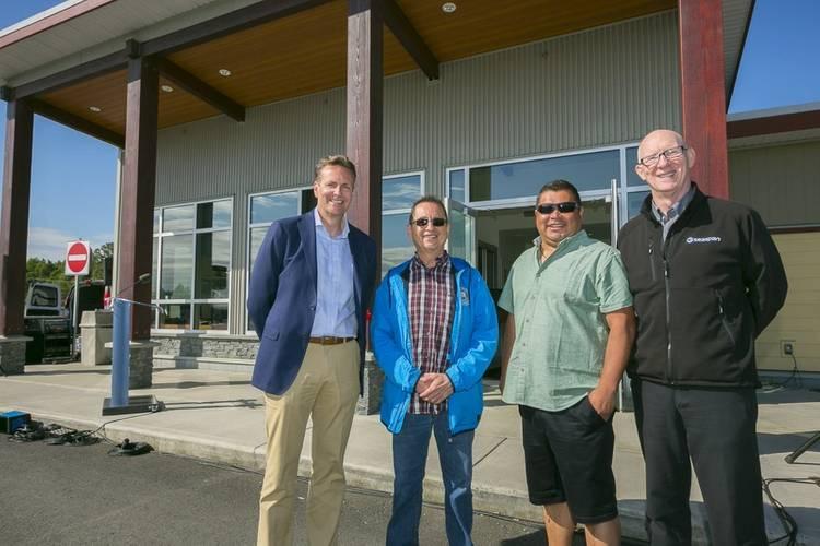From left to right: Frank Butzelaar, CEO – Seaspan ULC; Wayne Johnny - Snuneymuxw First Nation; Chris Good, Hereditary Chief – Snuneymuxw First Nation; Steve Roth, President – Seaspan Ferries (Photo: Seaspan Ferries)
