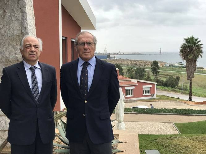 Left to right: Luis Cruz, Sapec Parques Industriais General Manager, and Fernando Fernandes, Sapec Group Director for Real Estate, in Setubal Port (Photo: Blue Atlantic)