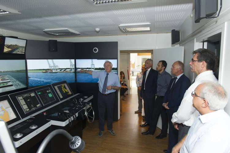 Valentin Rakutins, Director of BSM MTC Cyprus presenting the new bridge simulator (Photo: Bernhard Schulte Shipmanagement)