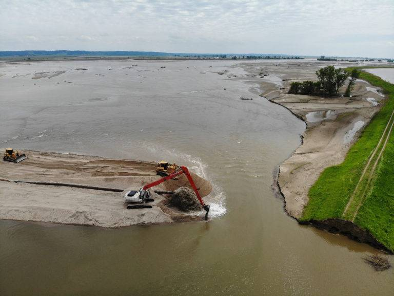 GLDD Emergency Response Efforts: Missouri River Levee